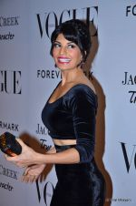 Jacqueline Fernandez at Vogue_s 5th Anniversary bash in Trident, Mumbai on 22nd Sept 2012 (21).JPG
