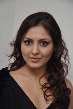 Madhu Shalini at 3D preview of RGV_s Bhoot Returns in Juhu, Mumbai on 22nd Sept 2012 (85).JPG
