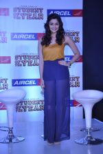 Alia Bhatt at Student of the year tie up with Aircel in Taj Hotel, Mumbai on 26th Sept 2012 (73).JPG