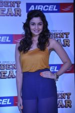 Alia Bhatt at Student of the year tie up with Aircel in Taj Hotel, Mumbai on 26th Sept 2012 (74).JPG