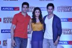 Varun Dhawan, Sidharth Malhotra, Alia Bhatt at Student of the year tie up with Aircel in Taj Hotel, Mumbai on 26th Sept 2012 (21).JPG