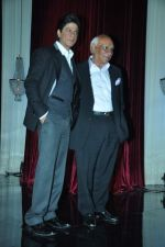 Shahrukh Khan, Yash Chopra at yash Chopra_s birthday in Yashraj Studio on 27th Sept 2012 (104).JPG