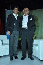 Shahrukh Khan, Yash Chopra at yash Chopra_s birthday in Yashraj Studio on 27th Sept 2012 (92).JPG