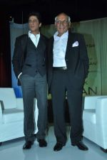 Shahrukh Khan, Yash Chopra at yash Chopra_s birthday in Yashraj Studio on 27th Sept 2012 (93).JPG
