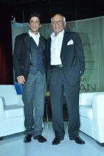 Shahrukh Khan, Yash Chopra at yash Chopra_s birthday in Yashraj Studio on 27th Sept 2012 (98).JPG