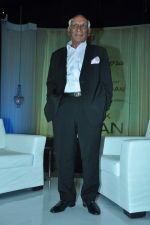 Yash Chopra at yash Chopra_s birthday in Yashraj Studio on 27th Sept 2012 (68).JPG