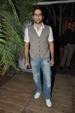 Aman Verma at the completion of 100 episodes in Afsar Bitiya on Zee TV by Raakesh Paswan in Sky Lounge, Juhu, Mumbai on 28th Sept 2012 (62).JPG