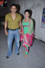 Payal Rohatgi, Sangram Singh at Andheri ka Raja in Mumbai on 28th Sept 2012  (33).JPG