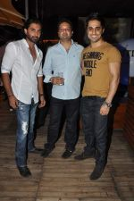 Rohit Khurana at the completion of 100 episodes in Afsar Bitiya on Zee TV by Raakesh Paswan in Sky Lounge, Juhu, Mumbai on 28th Sept 2012 (29).JPG