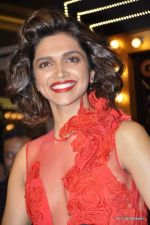 Deepika Padukone at GQ Men of the Year 2012 in Mumbai on 30th Sept 2012,1 (228).JPG
