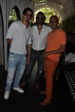 Shawar Ali at the Launch of Shatranj Napoli and Polpo Cafe & Bar in Bandra, Mumbai on 30th Sept 2012 (60).JPG