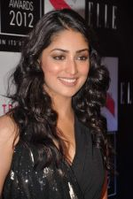 Yami Gautam at Elle beauty awards 2012 in Mumbai on 1st Oct 2012 (36).JPG