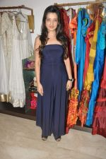 Amy Billimoria styles Shibani Kashyap in Mumbai on 2nd Oct 2012,1 (4).JPG