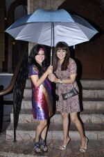 Madhuri Pandey, Anjali Pandey at Biba Singh new single launch in Mumbai on 2nd Oct 2012 (49).JPG