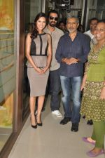 Arjun Rampal, Esha Gupta, Prakash Jha at the Audio release of Chakravyuh on 92.7 BIG FM on 3rd oct 2012 (26).JPG