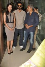 Arjun Rampal, Esha Gupta, Prakash Jha at the Audio release of Chakravyuh on 92.7 BIG FM on 3rd oct 2012 (31).JPG