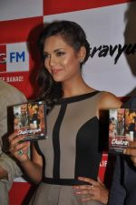 Esha Gupta at the Audio release of Chakravyuh on 92.7 BIG FM on 3rd oct 2012 (62).JPG