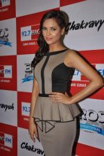 Esha Gupta at the Audio release of Chakravyuh on 92.7 BIG FM on 3rd oct 2012 (65).JPG