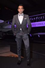 Rahul Khanna at Van Heusen launch in Mumbai on 3rd Oct 2012 (23).JPG