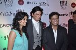 Shahrukh Khan, Bedabrata Pain, Vega Tamotia at the Premiere of Chittagong in Mumbai on 3rd Oct 2012 (166).JPG