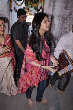 Shilpa Shetty at Andheri Ka Raja in Mumbai on 3rd Oct 2012 (40).JPG