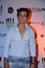 Sonu Sood at the Premiere of Chittagong in Mumbai on 3rd Oct 2012 (139).JPG