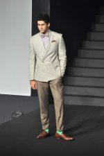 at Van Heusen launch in Mumbai on 3rd Oct 2012 (38).JPG