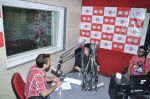 Falguni Pathak at Big FM in Andheri, Mumbai on 4th Oct 2012 (17).JPG