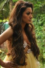 Gauhar Khan shoots for designer Umair Zafar in Andheri, Mumbai on 4th Oct 2012 (4).JPG