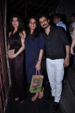 Sangeeta Bijalni snapped at Anita Dongre_s bday bash in Bandra on 4th Oct 2012 (7).JPG