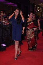 Sonakshi Sinha at English Vinglish premiere in PVR, Goregaon on 5th Oct 2012 (186).JPG