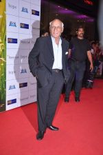 Yash Chopra at English Vinglish premiere in PVR, Goregaon on 5th Oct 2012 (223).JPG