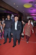 Yash Chopra at English Vinglish premiere in PVR, Goregaon on 5th Oct 2012 (73).JPG