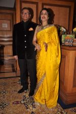 Shobha De at Shobha De_s felicitation by Veuve Clicquot on 5th Oct 2012 (39).JPG