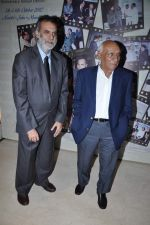 Yash Chopra at Locations press meet in Novotel, Mumbai on 5th Oct 2012 (48).JPG
