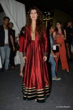 Sangeeta Bijlani at Wills Lifestyle India Fashion Week 2012 day 2 on 7th Oct 2012,1 (49).JPG