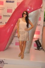 Hazel Keech at BeStylish.com Breast Cancer Awareness Brunch in Mumbai on 14th Oct 2012 (91).JPG