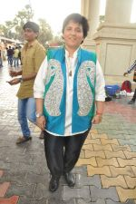 Falguni Pathak at Star Plus Dandia shoot in Malad, Mumbai on 15th Oct 2012 (24).JPG