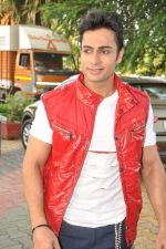 Shaleen Bhanot at Star Plus Dandia shoot in Malad, Mumbai on 15th Oct 2012 (50).JPG