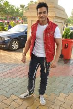 Shaleen Bhanot at Star Plus Dandia shoot in Malad, Mumbai on 15th Oct 2012 (51).JPG