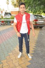 Shaleen Bhanot at Star Plus Dandia shoot in Malad, Mumbai on 15th Oct 2012 (55).JPG