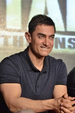 Aamir Khan at the music launch of film Talaash in Mumbai on 18th Oct 2012 (219).JPG