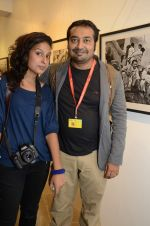 Anurag Kashyap at Ragu Rai_s photo exhibition presented by Vacheron in ICIA, Mumbai on 20th Oct 2012 (90).JPG