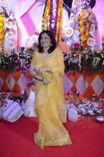Moushumi Chatterjee at North Mumbai durga pooja in Mumbai on 22nd Oct 2012 (13).JPG