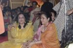 Moushumi Chatterjee, Tina Ambani at North Mumbai durga pooja in Mumbai on 22nd Oct 2012 (40).JPG