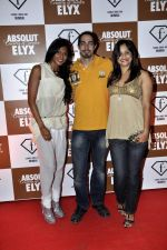 Nina Manuel, Adam Bedi, Nisha Harale at Sun Dance Party by Absolut Elyx in Mumbai on 21st Oct 2012 (103).JPG