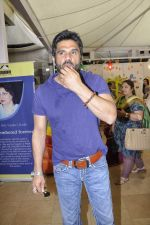 Sunil Shetty at Araish exhibition in Blue Sea on 22nd Oct 2012 (29).JPG