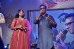 Alka Yagnik, Abhijeet Bhattacharya at Abhijeet_s durga celebrations in Andheri, Mumbai on 23rd Oct 2012 (101).JPG