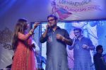 Alka Yagnik, Abhijeet Bhattacharya at Abhijeet_s durga celebrations in Andheri, Mumbai on 23rd Oct 2012 (104).JPG