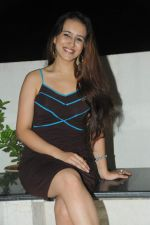 Dr. Pooja Gunjikar (Founder MAGE THERAPY) at designer Amy Billimoria_s birthday bash in Mumbai on 24th Oct 2012.JPG